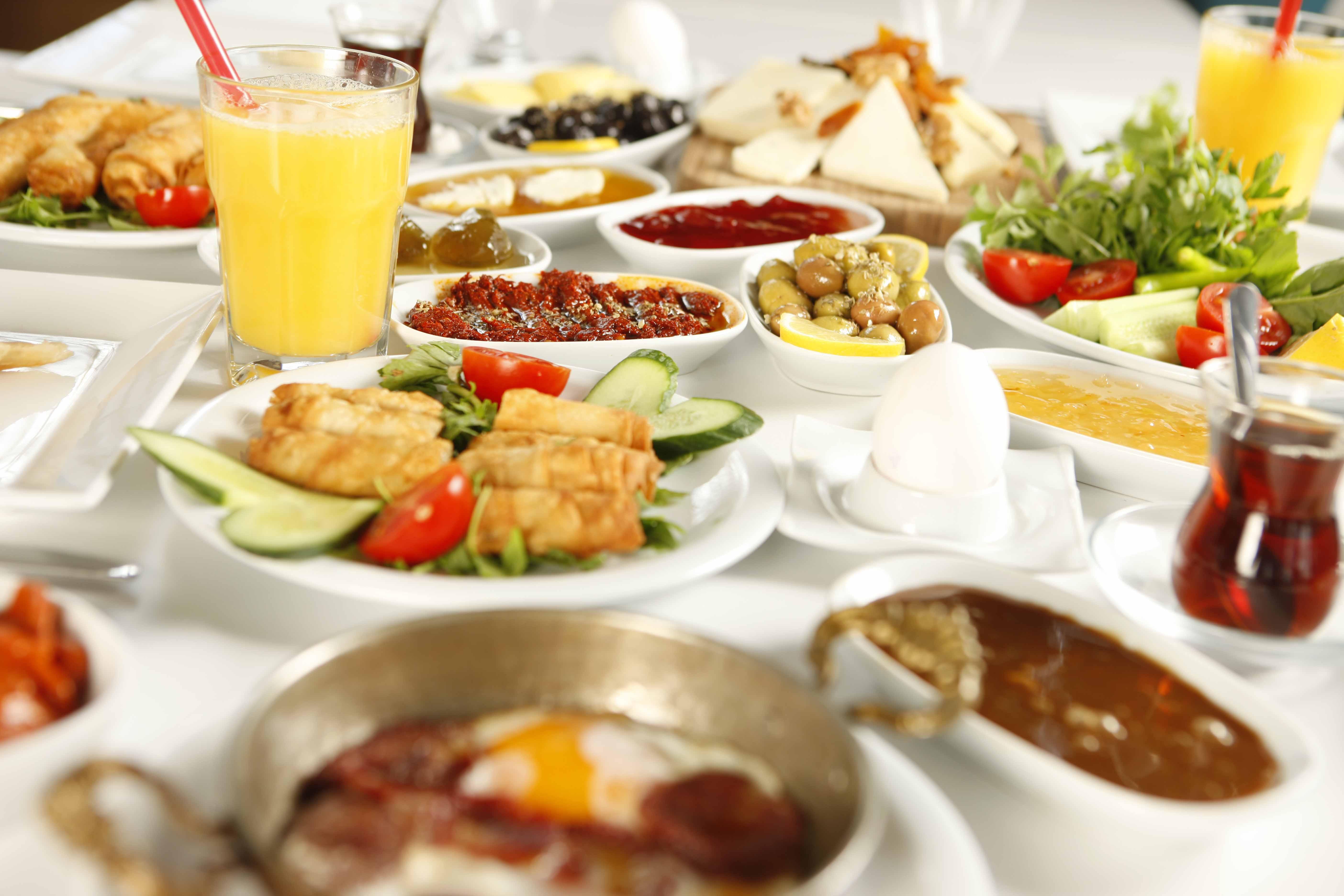 Frühstück bei KARA's